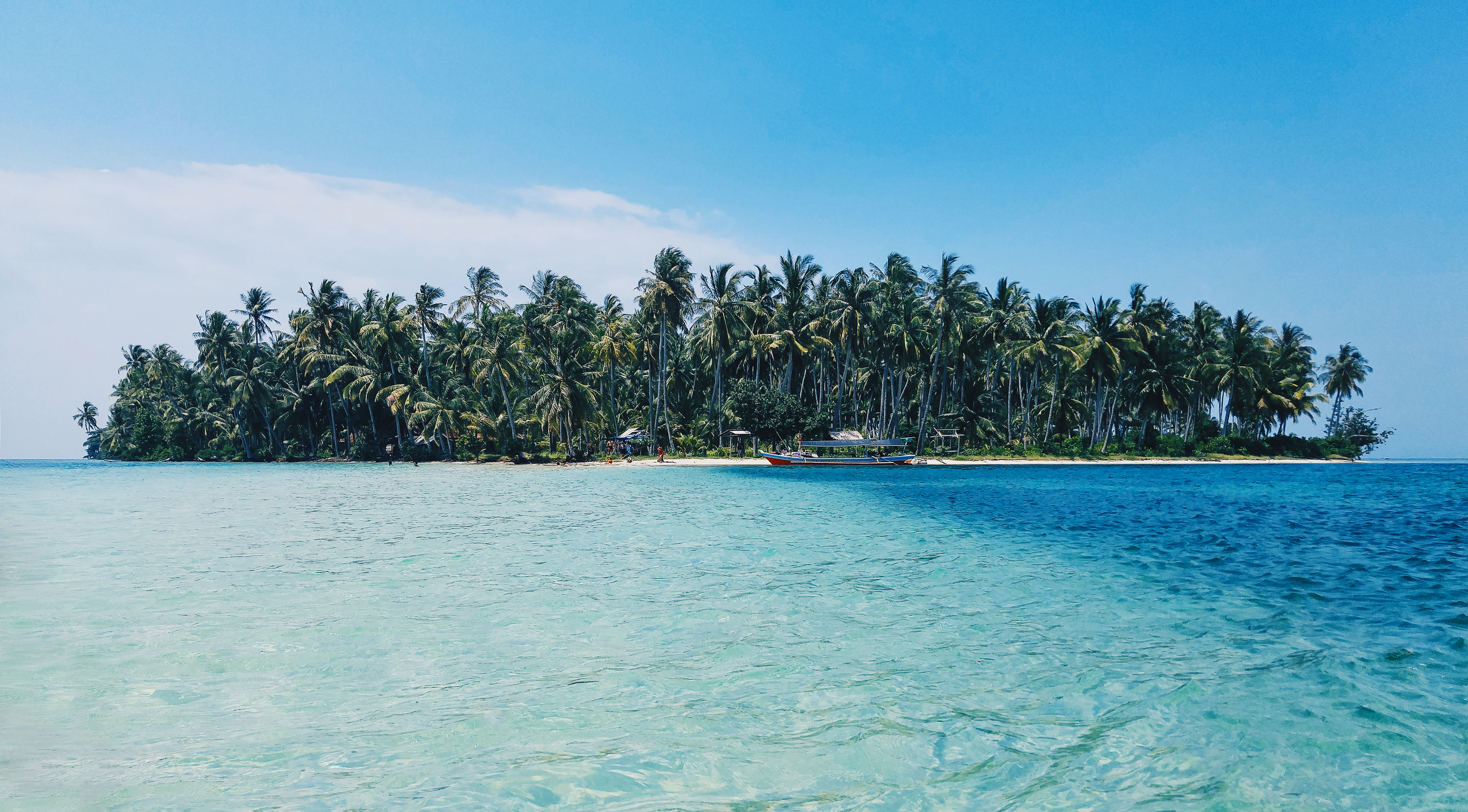 Weather Guide for Southeast Asia - beautiful island in Indonesia